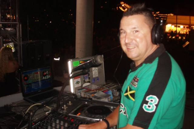 Disco Móvil DJ Cheda