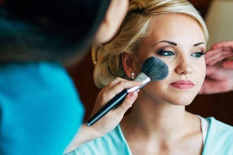Maria Delokas Makeup Artist