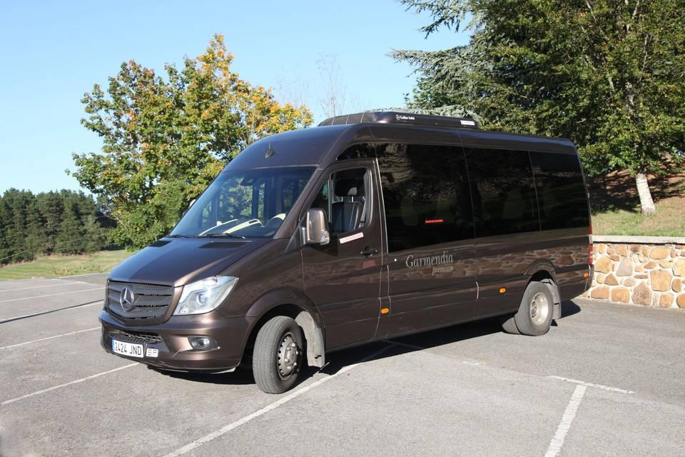 Mercedes Sprinter de 16 plazas y wifi
