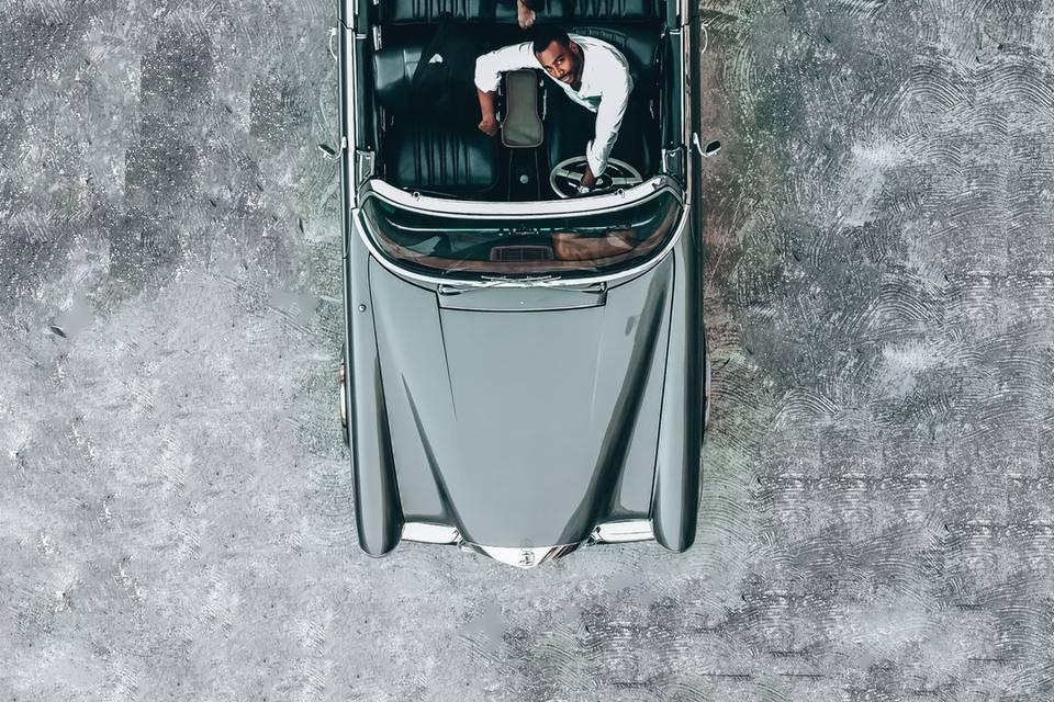 Novios black and car