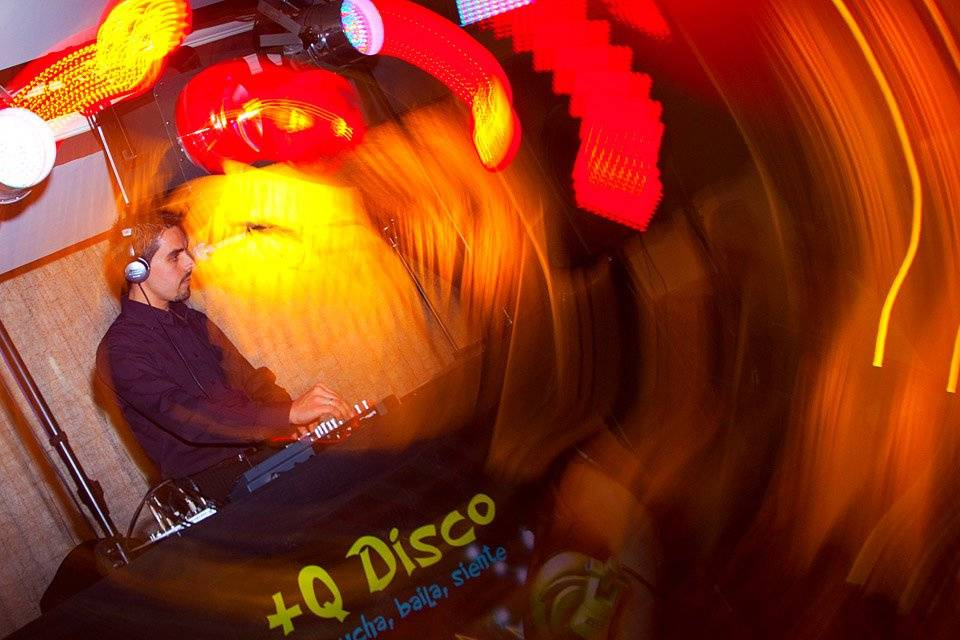 +Q Disco