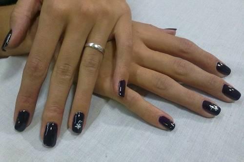 LeVic nails