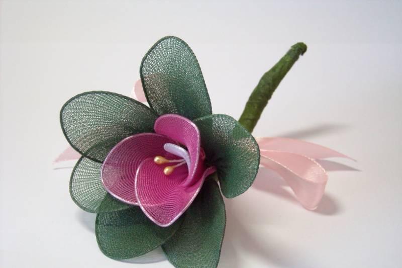 Broche de flores