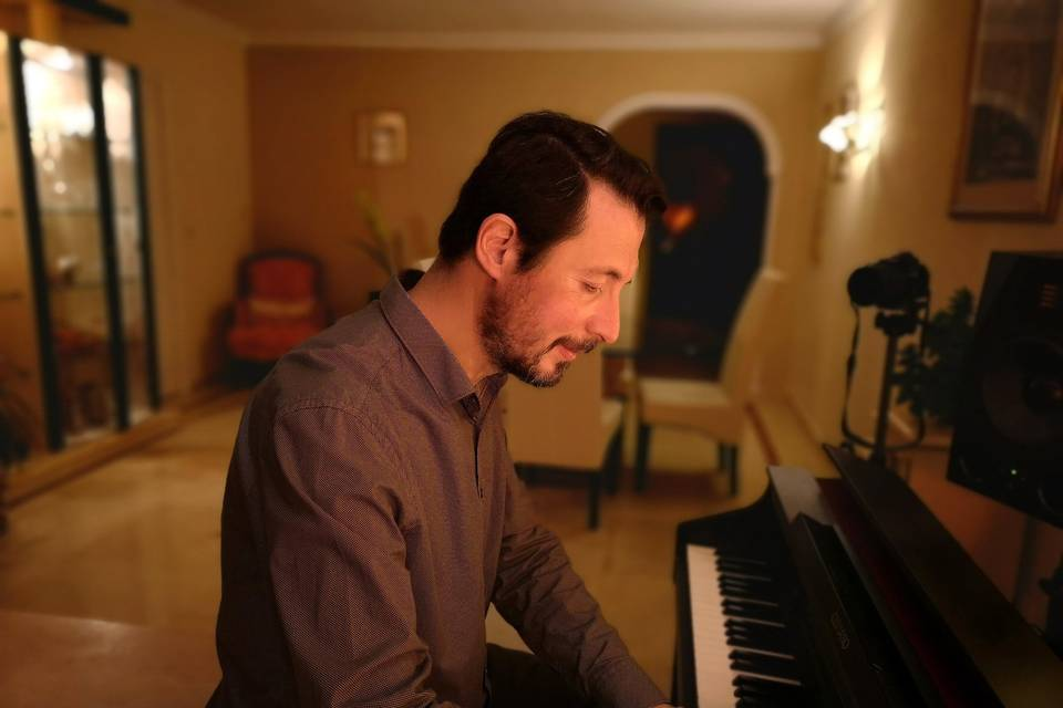 Guille Piano Music