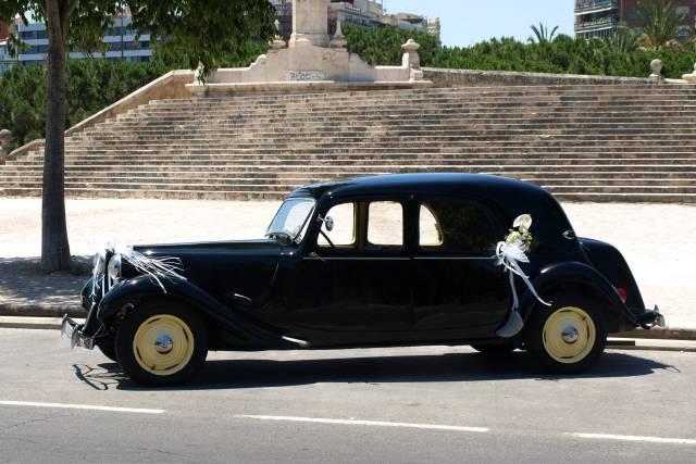 Vintage cars Mackintosh
