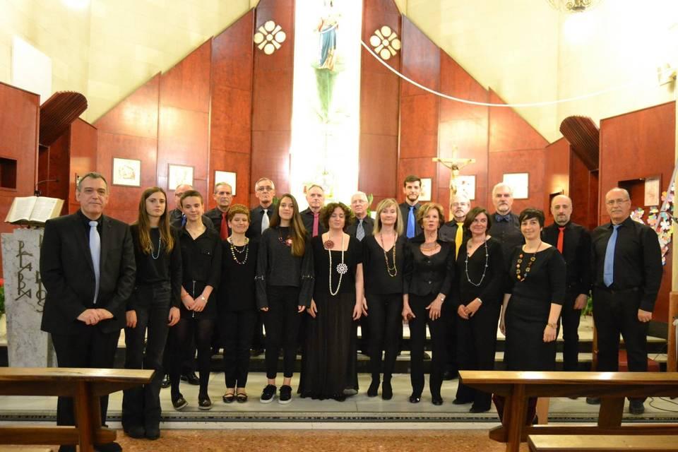 Actuación en la iglesia