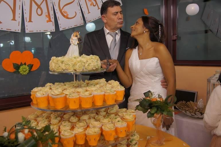 Novios tarta cupcakes