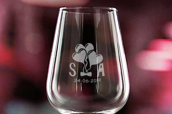 Copa de vino grabada para boda