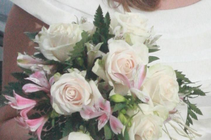 AR Flores