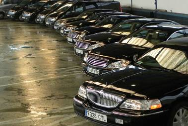 Nuestra flota de 15 vehículos de gama alta