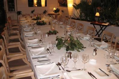 Mesa para banquete de bodas
