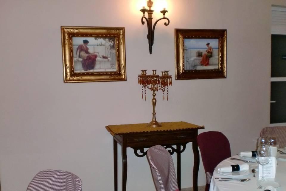 Salon hueso troyano