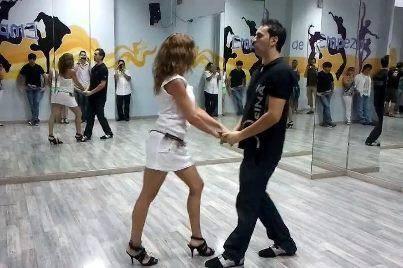 Vueltas Tonidanceclub