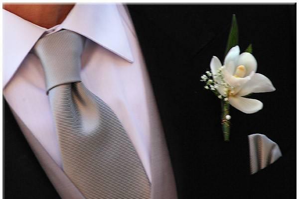 Prendido novio orquídea