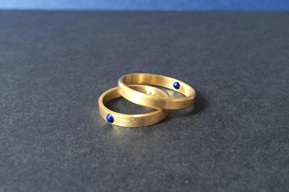 Oro reciclado y piedras