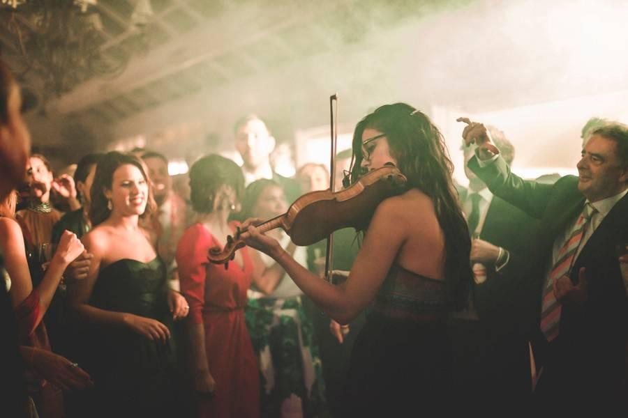 Actuación de violín