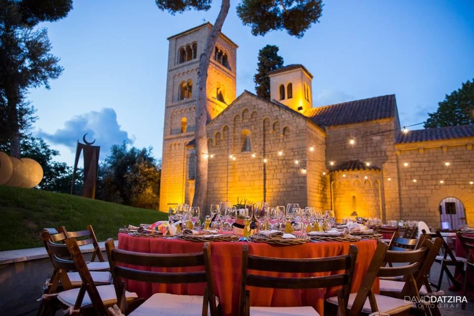 Banquete en el Monasterio