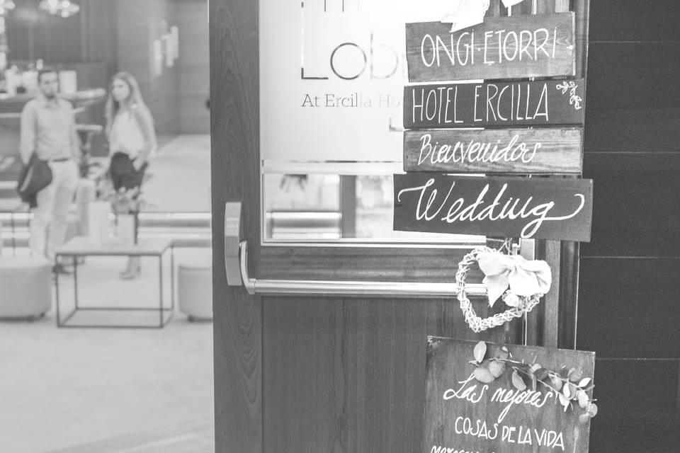 Acceso Lobby Hotel Ercilla