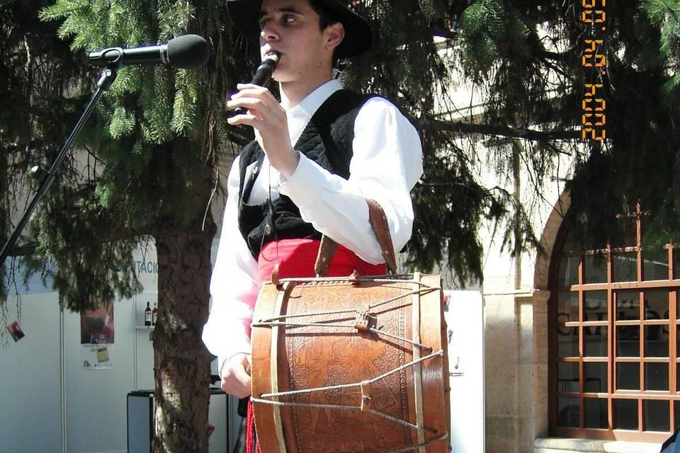 Mario Folk