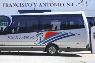 Autobuses Francisco y Antonio