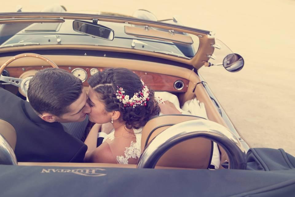 Beso en el coche