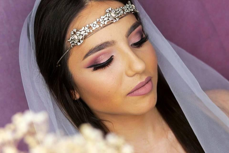 Zahara Ayala Make Up