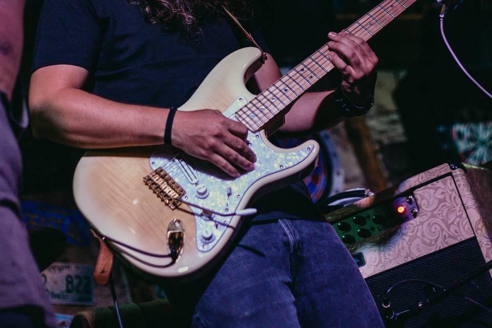 Javier Catalán - Guitarra