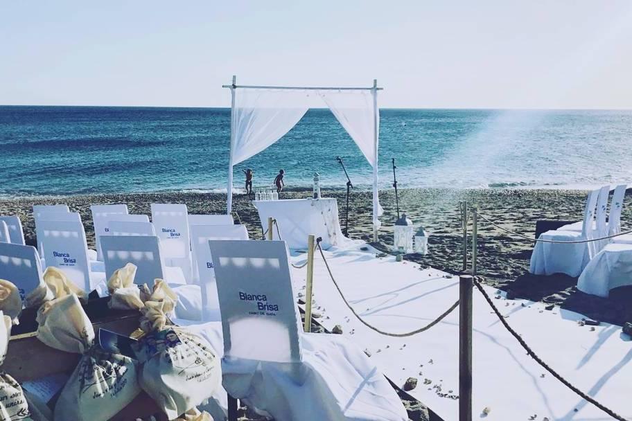Sonorización bodas en la playa