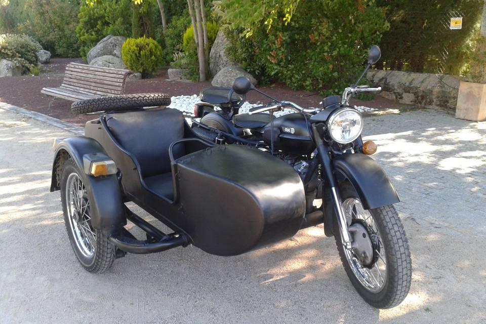 Blafermotos moto con sidecar