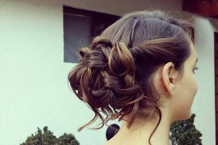 Camila Argomedo Makeup and Hairstyle
