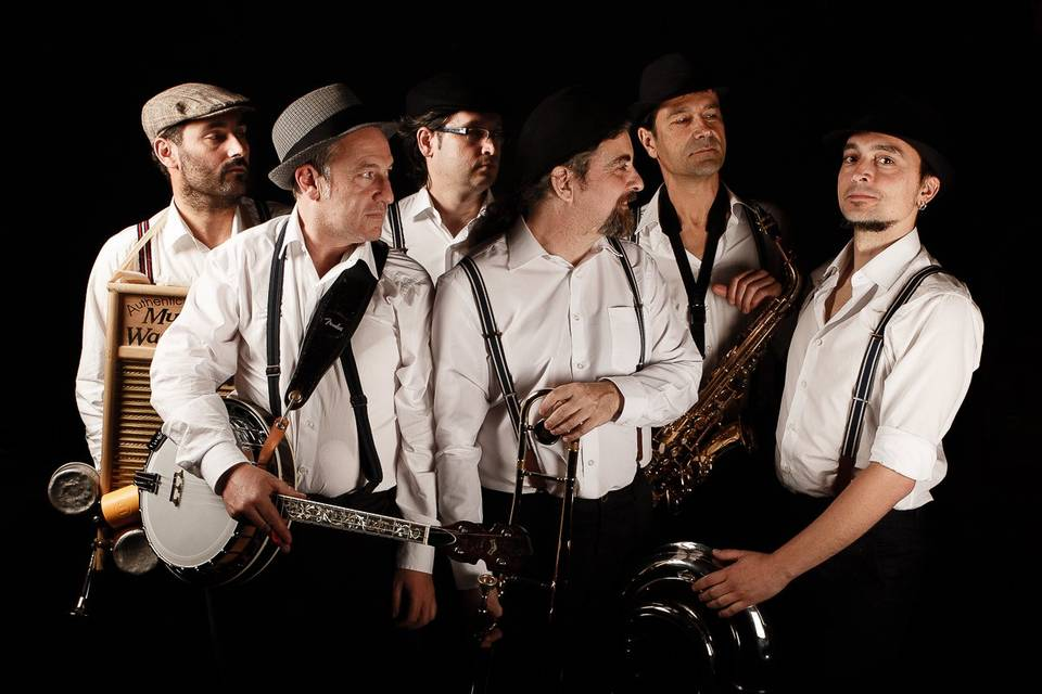 The hat hausen elàstic band
