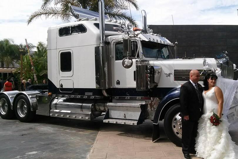 Francisco Navarro - Camión americano