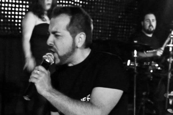 Javier, voz