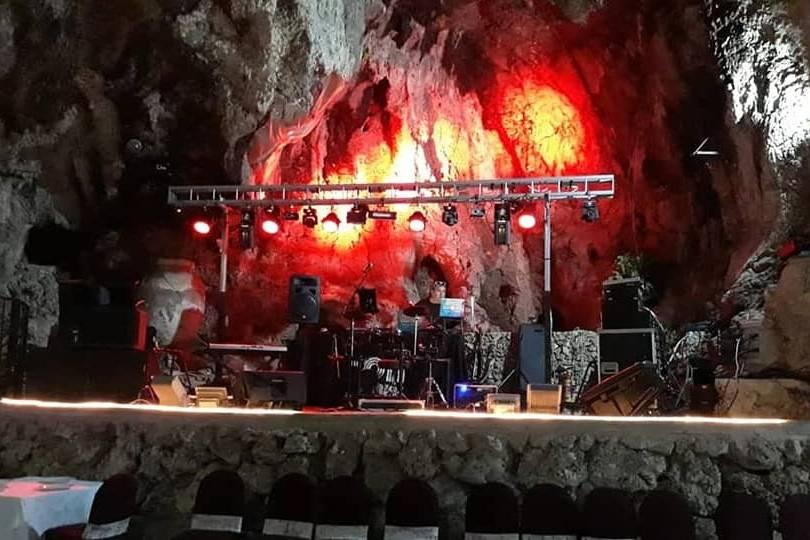 Cueva de los Majuelos