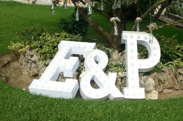 Nuestras letras gigantes con l