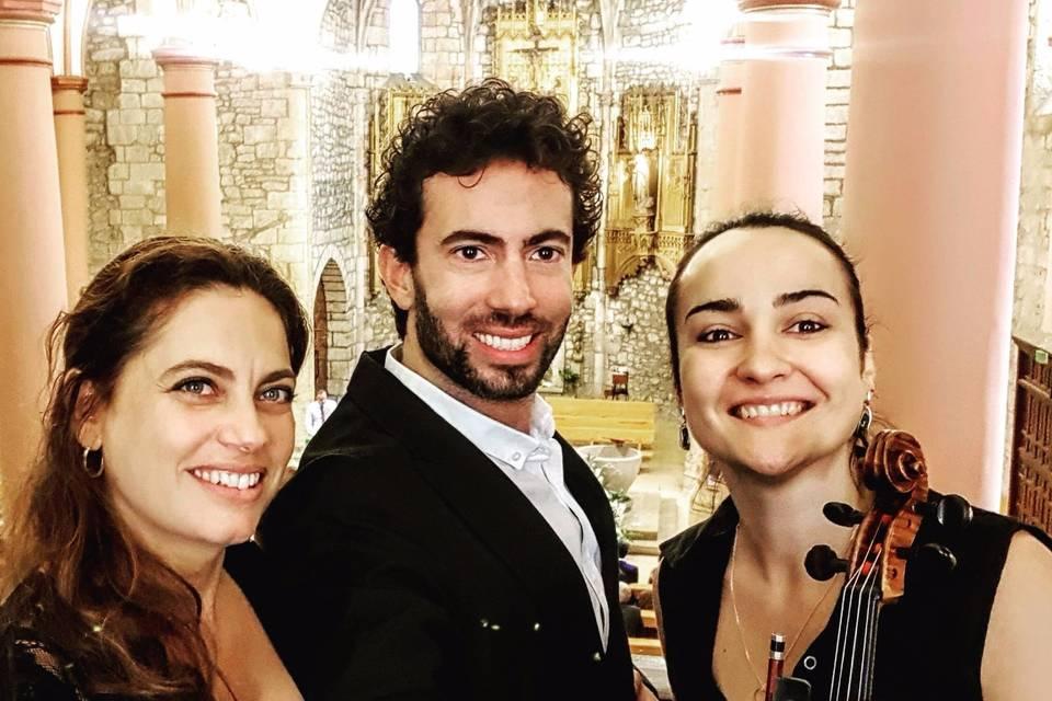 Piano, Violín, Tenor