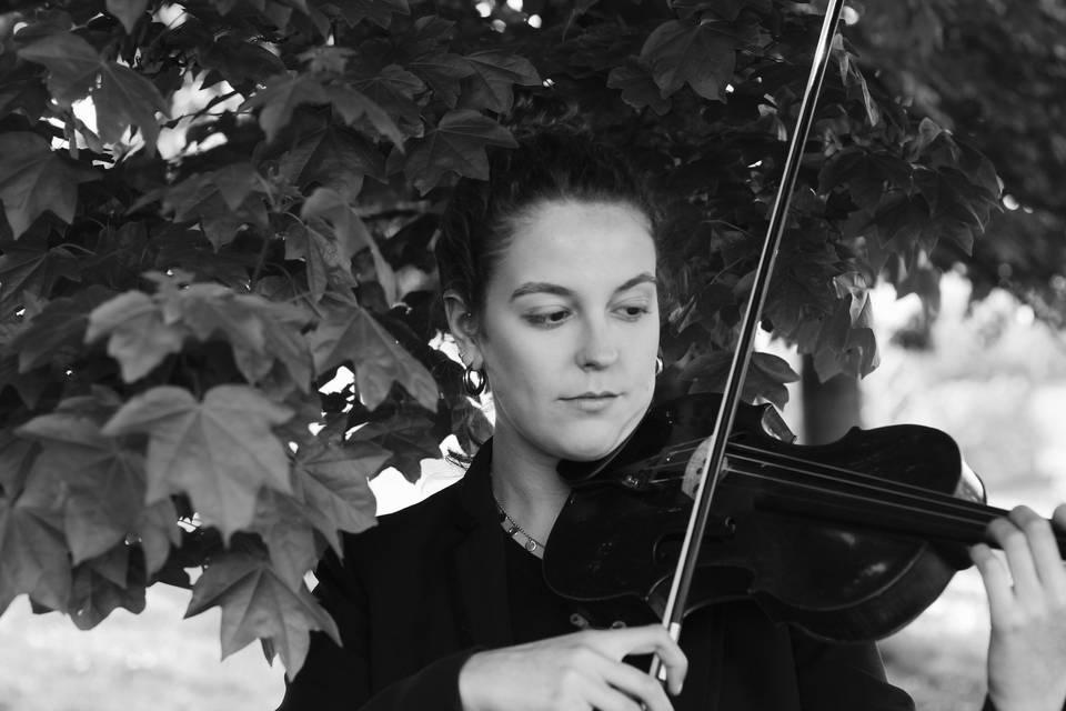 Sara García, violín