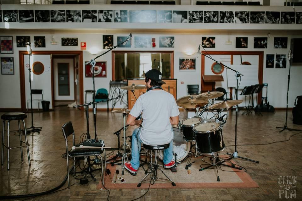 Xeco Rojo estudio