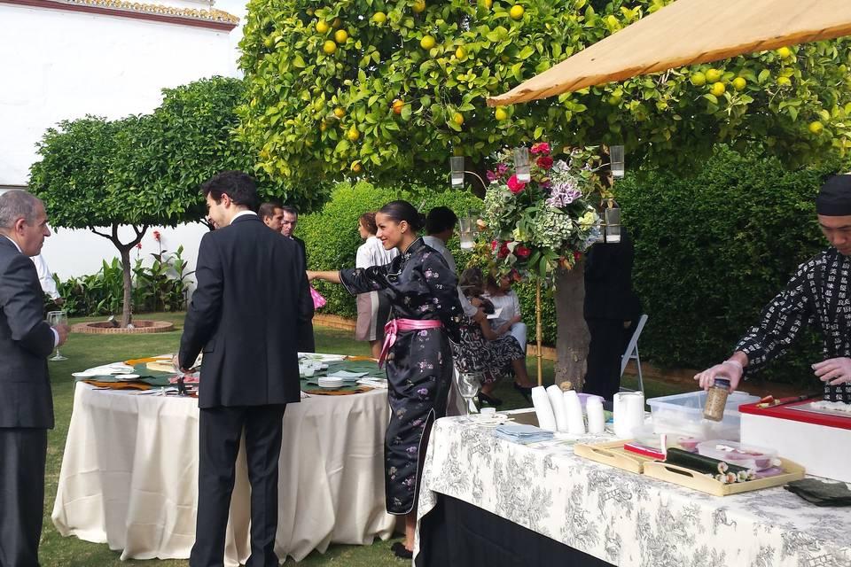 Stand japonés con geisha
