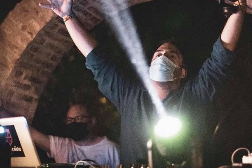 DJ Hector Calderon
