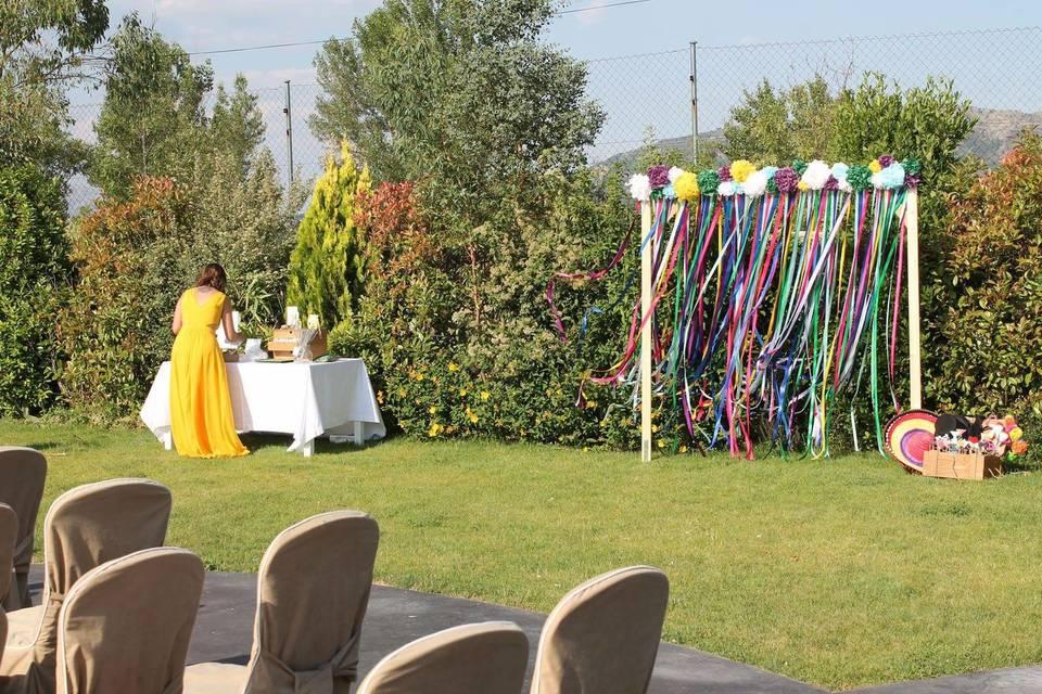Green & Gold Weddings