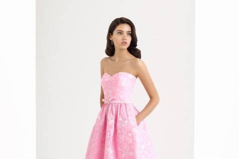 Vestido  en tonos rosas