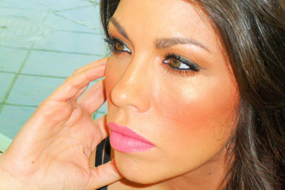 Mariola Make Up