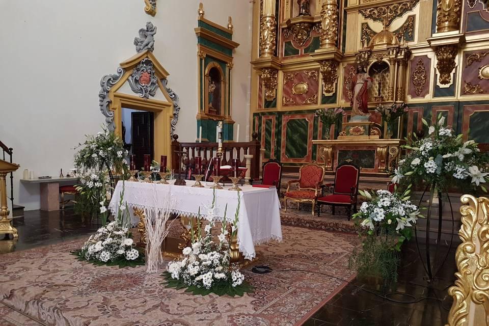Arreglo altar mayor, iglesia