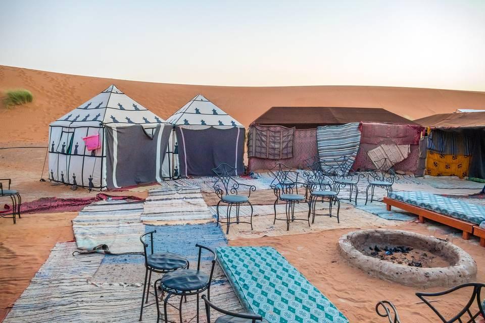 Jaimas en el desierto